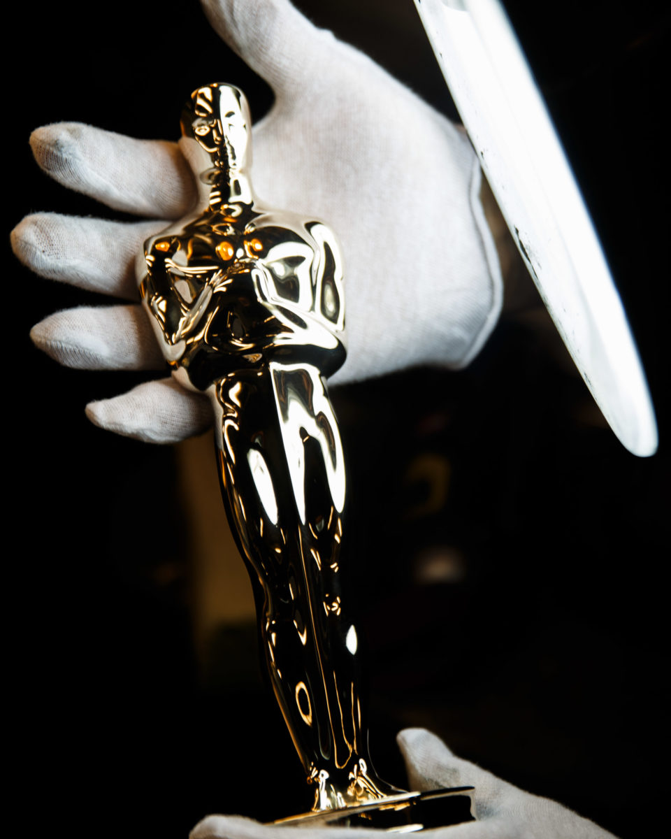 To give the Oscars their striking appearance, all surfaces have to be perfect. Gold plating is only one micron thick and would not cover even the smallest indent. To accomplish a perfect surface, the castings are plated first with copper, then nickel, and polished to a high luster.